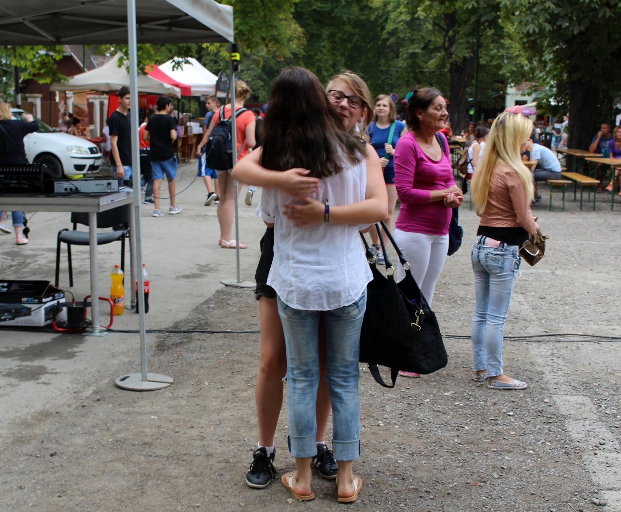Deutsch-ungarische Freundschaft - Wiedersehen mit Umarmung